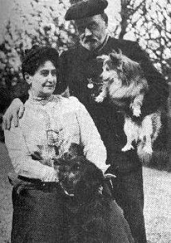 Les auteurs et leurs canins. - Page 2 WiutQ